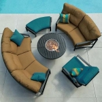 Tropitone-kenzo-crescent-cushion
