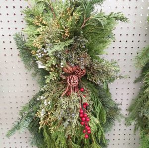 Brooks & Collier, Holidays, Live Wreaths