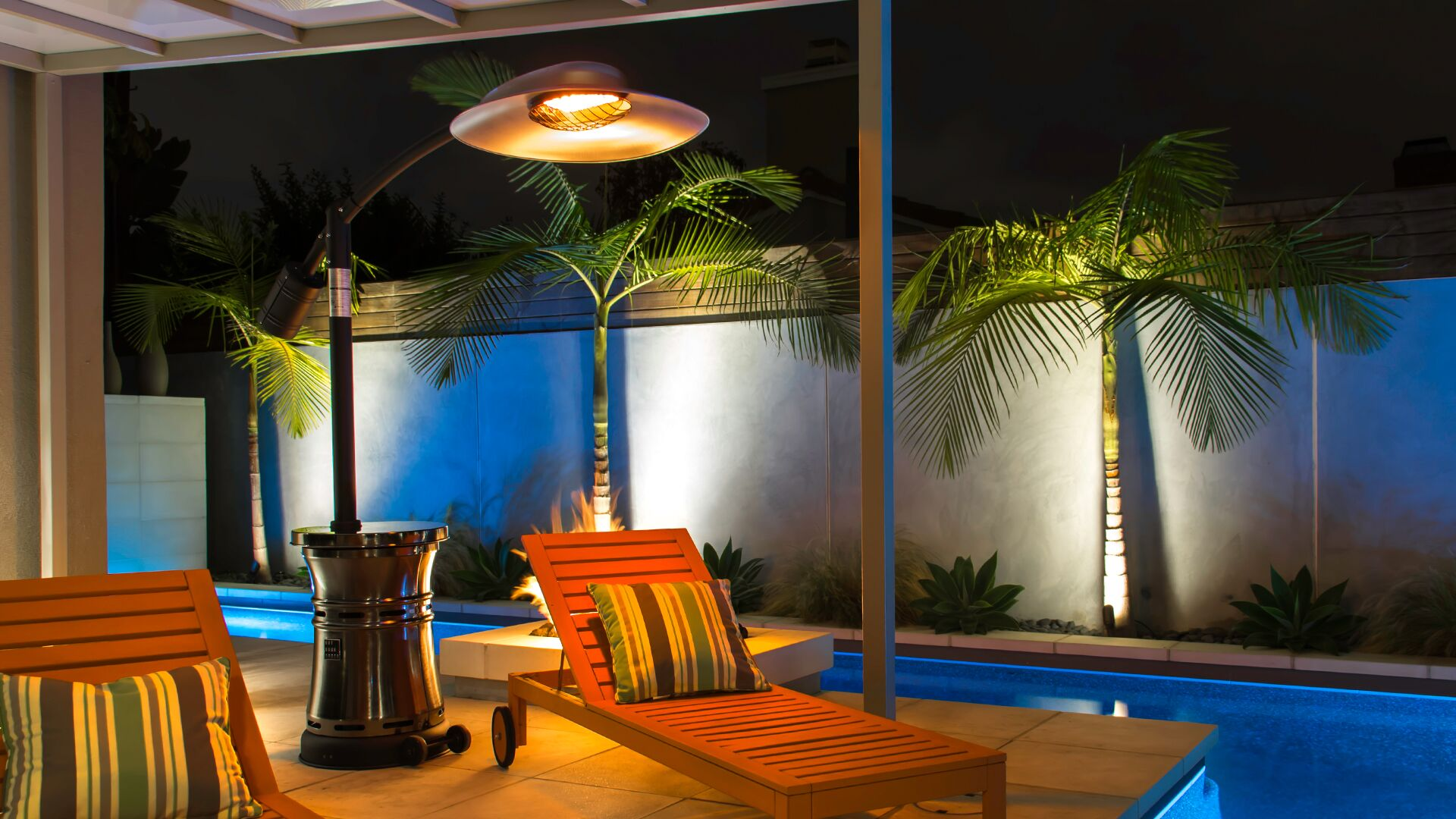Brooks & Collier, Outdoor Order, Outdoor heaters, curve